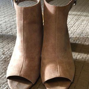 Blush Guess Heels